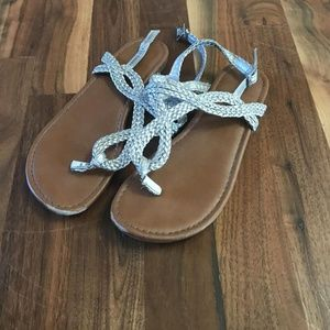 GUC Girls size 2 silver sandals